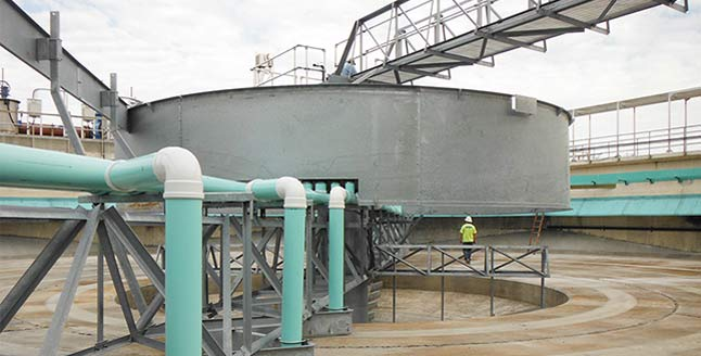 Rebuilt clarifier at a wastewater treatment plant
